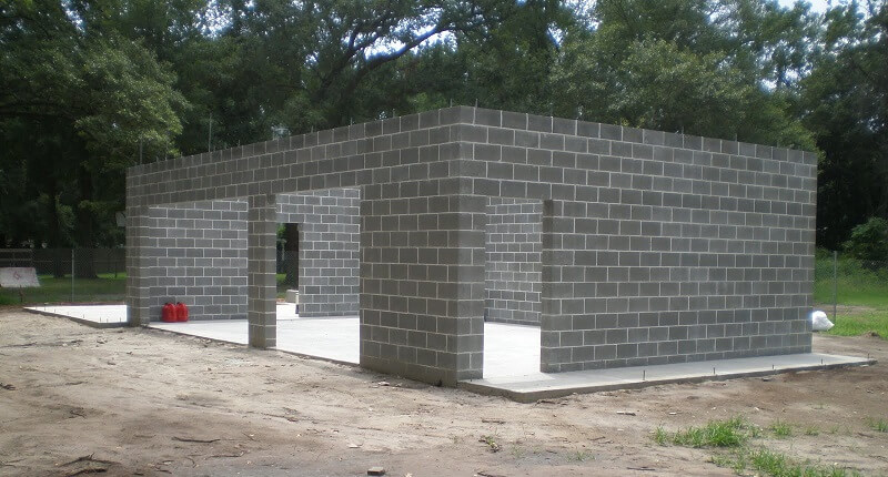 Photos de garages en parpaing construire garage com for Construction garage double