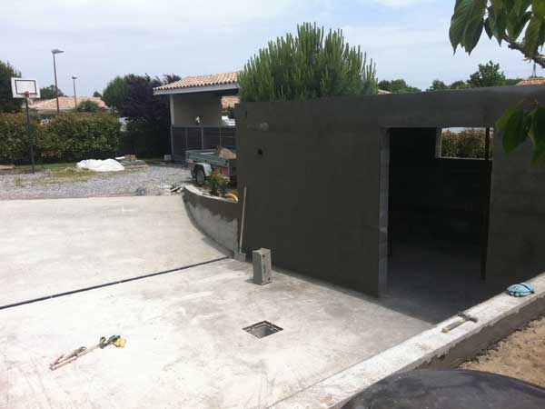 photos de garages semi enterr s construire garage com. Black Bedroom Furniture Sets. Home Design Ideas