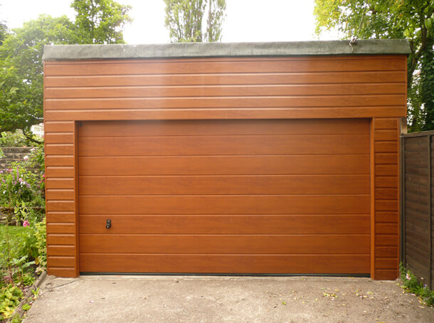 Photos de garages en bois construire garage com for Garage en bois a toit plat