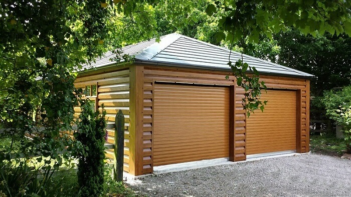 photos de garages en bois construire garage com. Black Bedroom Furniture Sets. Home Design Ideas