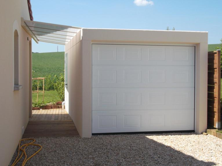 Astonishing garage toit plat beton contemporary best image engine - Garage prefabrique beton ...